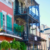 NEW ORLEANS: A Melting pot of history, music, food and architecture.